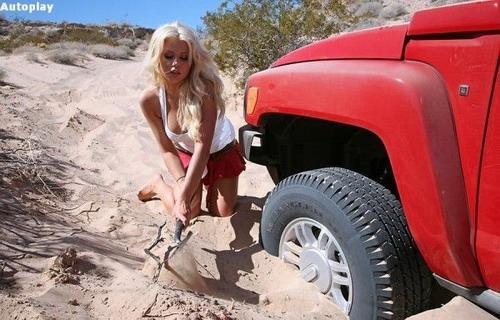 blondinka-na-mashine-video